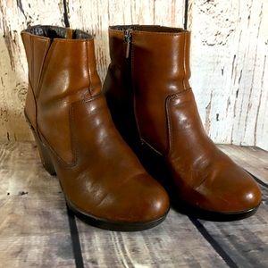 Dansko Faith Ankle Brown Leather Bootie 39